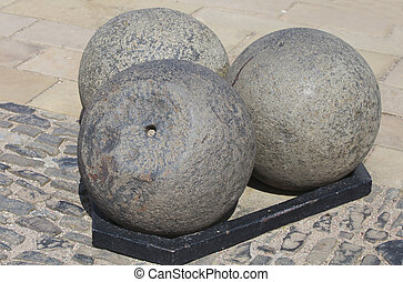 Canonballs