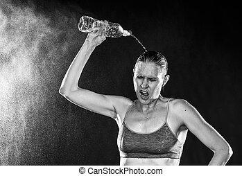cansadas, atlético, mulher, água derramando, cabeça