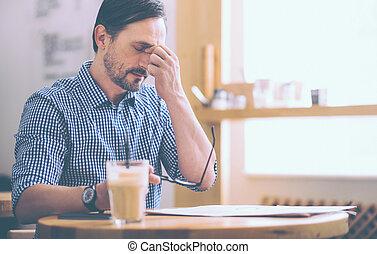 cansadas, homem sênior, sittin, em, a, café