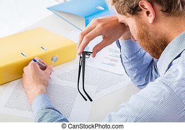 cansadas, trabalhador, descansos, dela, encabece, a, escrivaninha