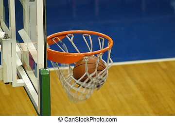 2 points awarded - the basket goes in!