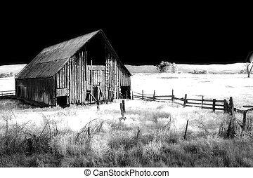 Barn - Old barn infrared
