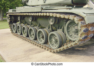 Steel Belted Radial - Tank tractor propulsion and...