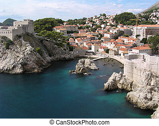 Dubrovnik (Croatia) - View of the north wall and houses in...