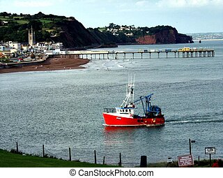 Fishing boat. - Fishing boat returning to Teignmouth, Devon,...
