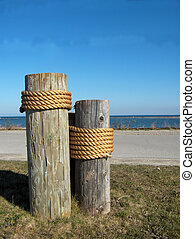 Dock Posts - Dock side moorings