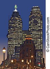 Toronto sunset - Dowtown Toronto, Flatiron building and BCE...
