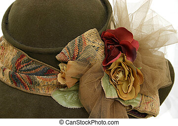 Antique Hat - Brown felt woman's hat with fabric and floral...