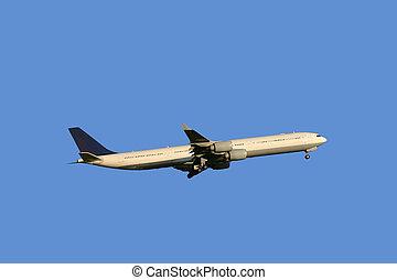 Airbus A340-642 - Lufthansa Airbus A340-642