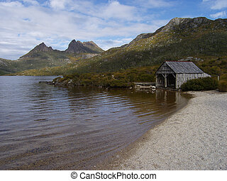 Cradle Mountain and hut, Tasmania, Australia