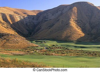 Golf Course - Lost Canyons golf course in Simi Valley,...