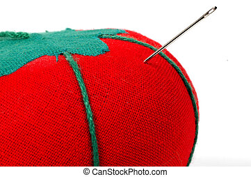 Sewing Tomato - Needle in a Fabric Tomato