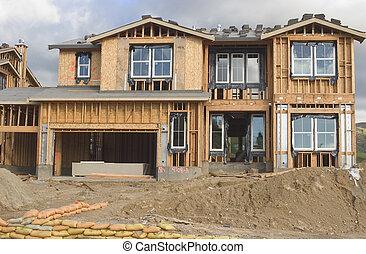 房子, 在下面,  constru