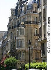 Haussmann Building - Haussmann building in rue Rembrant...