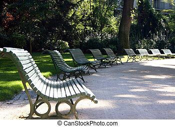 Paris Park Benches - Park benches in the Park Monceau Paris