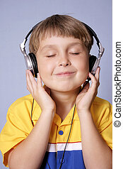 Groove - Listening to fave music