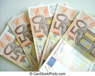 Fan of fifties euros