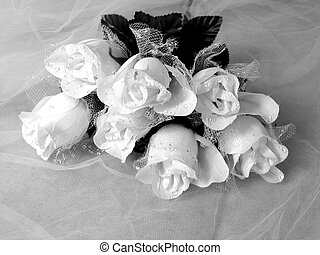 Wedding Bouquet - Rose bouquet artificial in black and white...