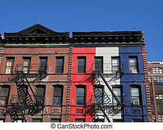 Patriotic Brownstone - This old brownstone in manhattan has...