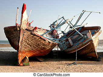 Abandoned dhows - Abandoned Arab fishing dhows