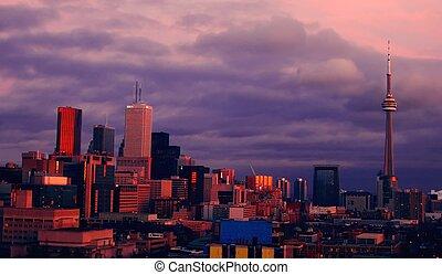 Toronto sunset - Toronto skyline at dusk/sunset, viewed from...