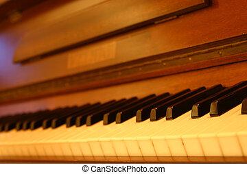 öreg, zongora