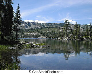 Bear Lake - An alpine lake in the High Sierras