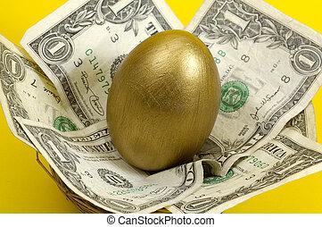 Golden Nestegg - Gold Egg and Cash