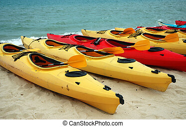 Canoes - Sports & Adventure - Canoes