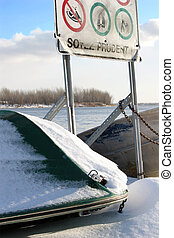 Soyez Prudent - A warning sign down by the St-Lawrence river...