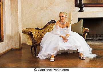 wedding gown - Waiting bride