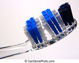 Toothbrush closeup (u)