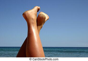 Beach Feet - Girl's feet at the beach