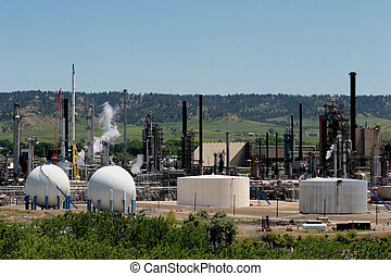 oil refinery - an oil refinery in the midwest united states,...