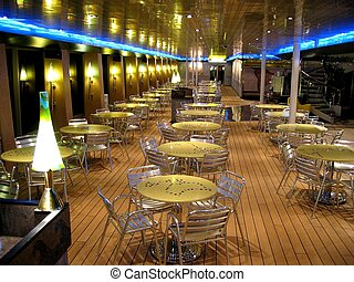 Bistro - A bistro on an italien cruiseship