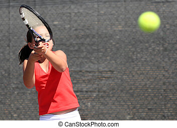Concentration - Girl playing tennis