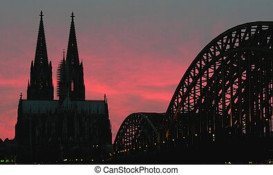 Cologne on fire - The landmarks of Cologne (Germany) at...