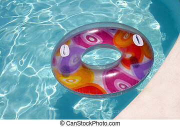 Floating Ring - Inflatable Ring in swimming pool