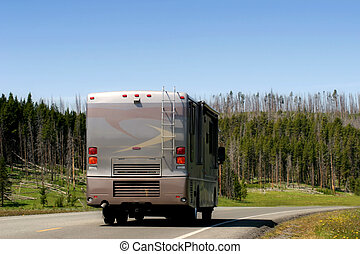 RV in yellowstone - a large and modern RV Recreational...