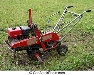Garden tiller - A device for gardening rototiller