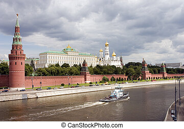 Moscow Kremlin - View to Moscow Kremlin from Moscow-river
