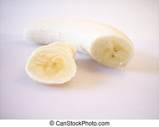 Banana - Pealed and Sliced - Pealed Banana, sliced