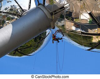 Suspended worker - Detail of metal construction and...