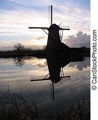 Dutch windmill 5 - Dutch windmill, Kinderdijk, Holland