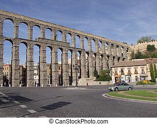 Segovia, aqueduct - Roman auqueduct in Segovia, Spain