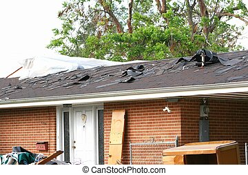 Hurricane Katrina1 - Katrina roof damage