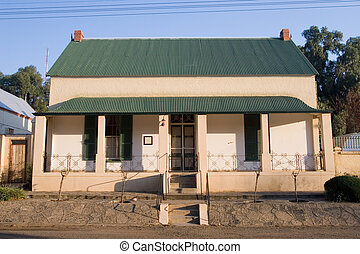 Guesthouse #1 - Guesthouse with green roof in Colesberg,...