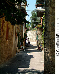 backstreet Sarteano - Leafy backstreet in Sarteano, Tuscany...