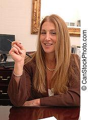 female executive 546