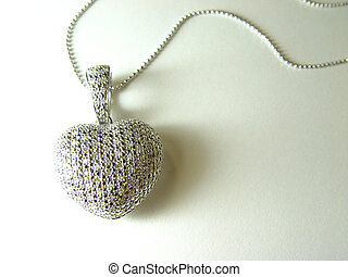diamond heart - jewellery, high key